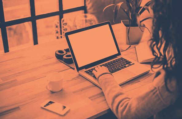 Esta estrategia ayudó al Blog de HubSpot a romper una meseta de tráfico de un año de duración  – Veeme Media Marketing