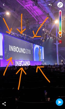Snapchat desde el INROUND 2018 con flechas naranjas extraídas del icono de dibujo