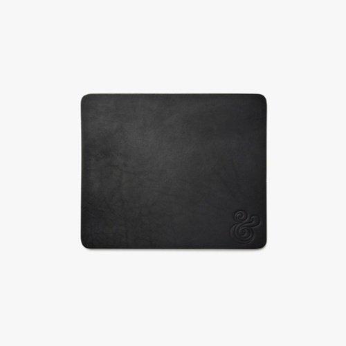 "Black Mouse Pad.jpg ""title ="" Black Mouse Pad.jpg ""style ="" margen izquierdo: automático; margen derecho: auto; ancho: 500 px ""ancho ="" 500"